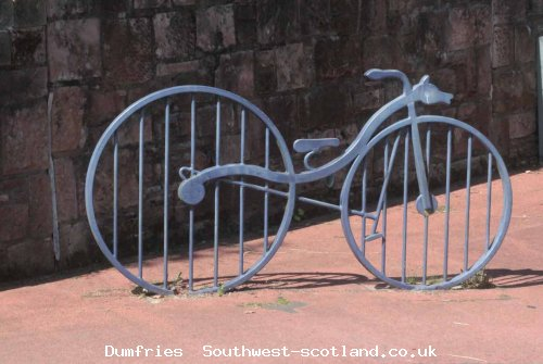 bicyle sculpture